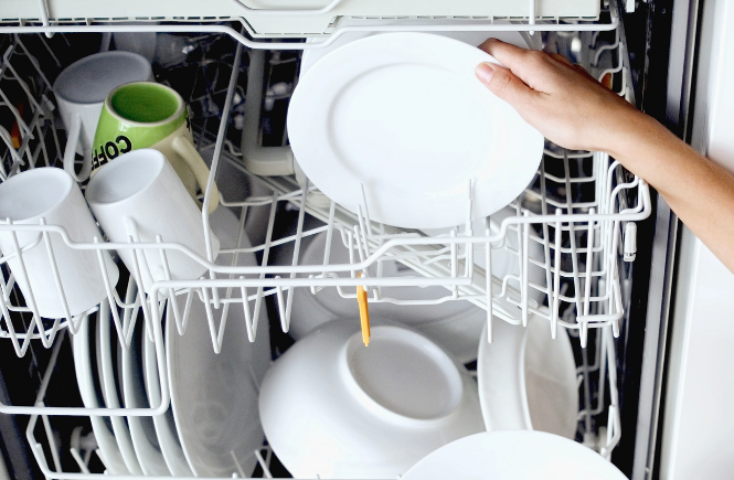 14 Things to Clean in Your Dishwasher | Life Hacks
